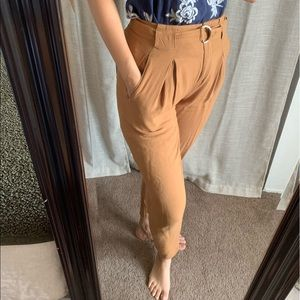 Highwaist Camel Colored Pants Pleats 90's M GUC